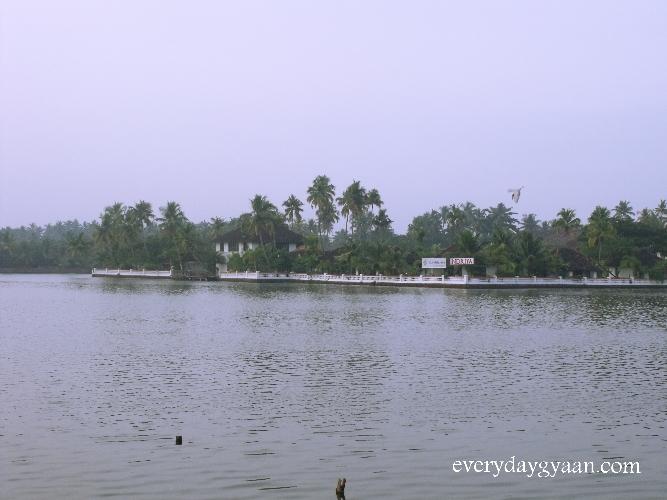 lake poyil, cherai