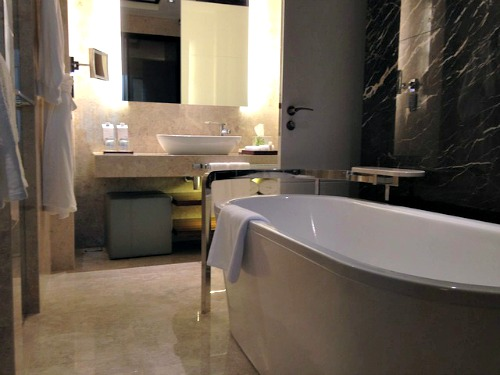 Getting the Right Bath for Your Bathroom
